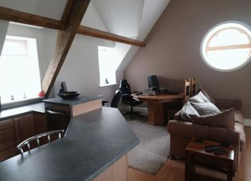 Thumbnail 2 bed flat for sale in Reeth Road, Richmond