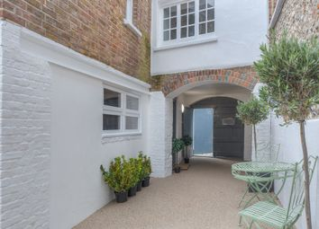 Thumbnail 2 bed flat for sale in Tarrant Street, Arundel