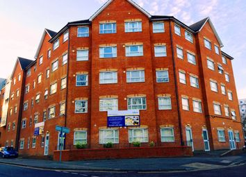 Thumbnail 1 bed flat to rent in Manor Road, Luton
