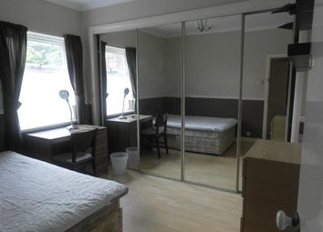 Thumbnail 3 bedroom property to rent in Edgecumbe Street, Hull