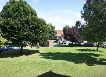 Thumbnail 3 bed flat to rent in Chapel Court, East Finchley