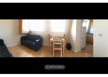 Thumbnail 2 bed flat to rent in St Johns Hill, Clapham