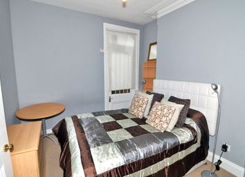 Room to rent in Margravine Gardens, Barons Court, London W6