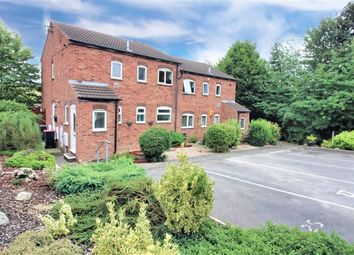 2 bed flat to rent in Collingham Road, Swallownest, Sheffield S26