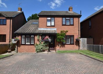 Thumbnail Detached house for sale in Valley Road, Burghfield Common, Reading