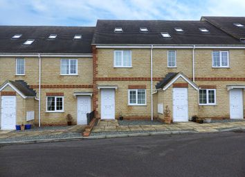 Thumbnail 1 bedroom flat to rent in Wroslyn Road, Witney, Oxfordshire