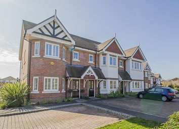 Thumbnail 4 bed property to rent in Trenchard Close, Hersham, Walton-On-Thames