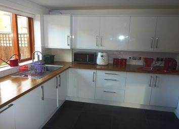 Thumbnail 1 bed flat to rent in Anglian Road, London