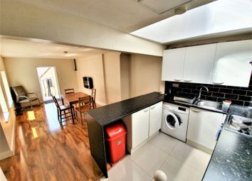 Thumbnail 2 bed flat to rent in George Street, Luton