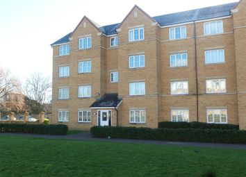 Thumbnail 2 bedroom flat to rent in Henley Road, Bedford