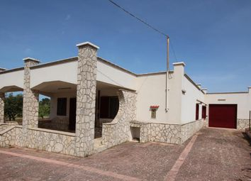 Thumbnail 3 bed villa for sale in Martina Franca, Martina Franca, Taranto, Puglia, Italy