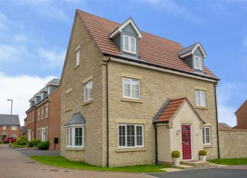 5 bed detached house for sale in Dexters Grove, Hucknall, Nottinghamshire NG15