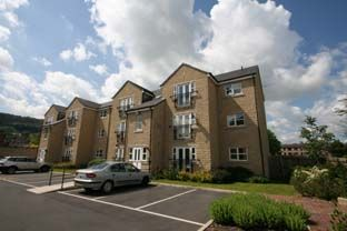 Thumbnail 2 bed flat to rent in Fowlers Court, Otley
