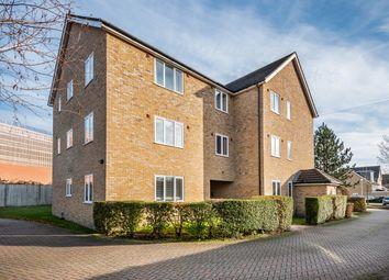 Oakey Drive, Wokingham RG40. 2 bed flat for sale