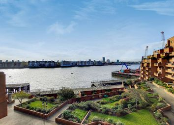 The Highway, Tower Hamlets, London E1W. 2 bed flat for sale