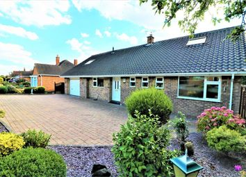 Thumbnail 3 bedroom detached bungalow for sale in Oakfield Walk, Pogmoor, Barnsley, South Yorkshire