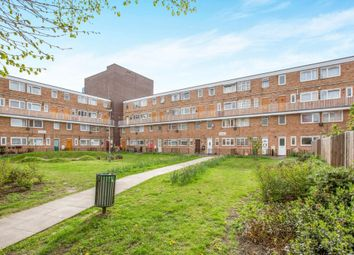 2 bed maisonette to rent in Portia Way, Mile End E3