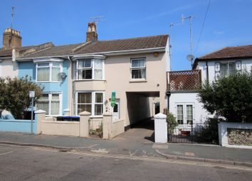 Thumbnail 2 bedroom property to rent in Wenban Road, Worthing