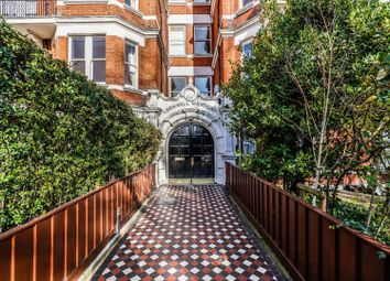 Thumbnail 3 bedroom flat to rent in Cornwall Mansions, Cremorne Road