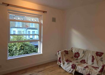 Thumbnail 1 bed flat to rent in Cressingham Road, London