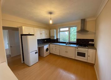 2 bed maisonette to rent in Crown Road, Borehamwood WD6