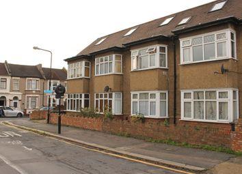 Thumbnail Studio to rent in Sylvan Road, Walthamstow, London