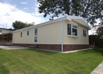 Thumbnail 4 bed mobile/park home for sale in Poplar Drive, New Tupton, Chesterfield, Derbyshire