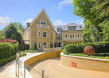 Thumbnail 3 bed flat for sale in The Residence, Camlet Way, Hadley Wood, Hertfordshire
