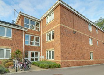 Thumbnail 3 bed flat for sale in The Brambles, Headington, Oxford