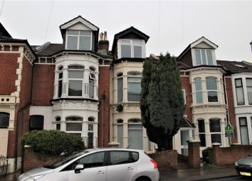 Thumbnail 2 bed flat to rent in Lawrence Road, Southsea