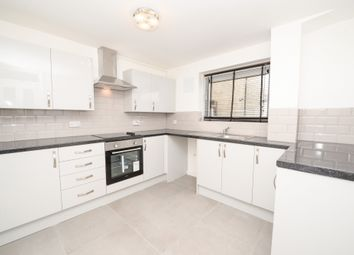 2 bed property to rent in St Michaels Square, Southampton SO14