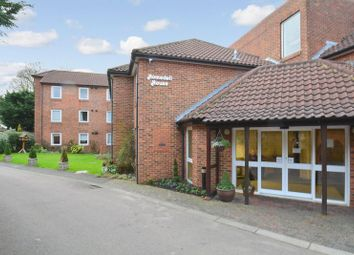 Thumbnail 1 bed flat for sale in Homedell House, Harpenden