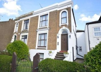 Thumbnail 1 bed flat to rent in Darnley Road, Gravesend, Kent
