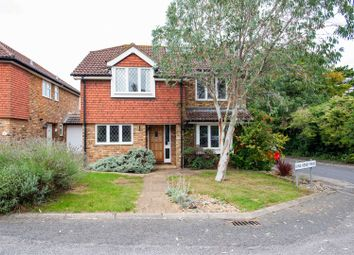 King Henry Mews, Farnborough, Orpington BR6. 4 bed detached house