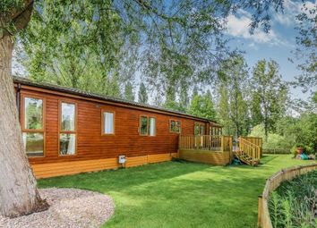 Thumbnail 2 bedroom mobile/park home for sale in Heron Island, Little Billing, Northampton, Northamptonshire
