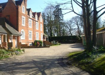 Thumbnail 4 bed flat to rent in London Road, Harrow