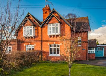 Thumbnail 3 bed cottage to rent in Cricketers Cottage, Goring On Thames