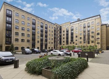 Thumbnail 1 bed flat for sale in Caraway Apartments, Cayenne Court, Curlew Street