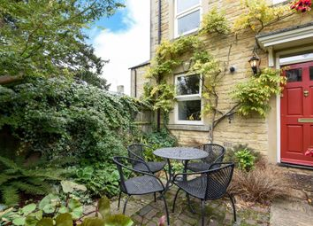 Thumbnail 3 bed town house for sale in Regent Court, Chipping Norton