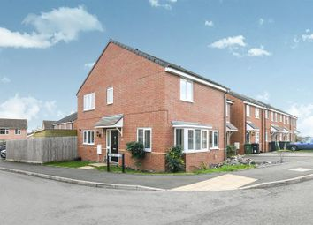 Thumbnail 3 bed property for sale in Pippin Croft, Evesham