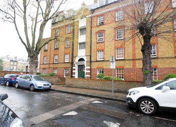 Thumbnail 2 bed flat to rent in Wellington Way, London