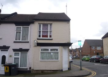 Thumbnail 1 bed flat to rent in Town Centre, Luton