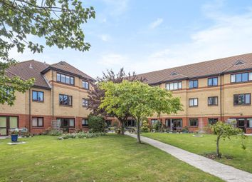 Thumbnail 1 bedroom flat for sale in Fairacres Road, Didcot