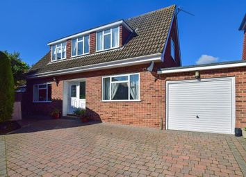 Thumbnail 3 bed detached house for sale in Cheshunt Close, Meopham, Kent