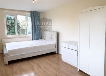 3 bed property to rent in Willingdon Road, London N22