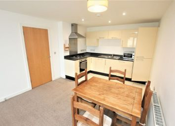 1 bed flat to rent in Sutton View, Moon Street, Sutton Harbour, Plymouth PL4