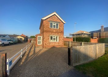 Thumbnail 3 bed detached house to rent in Brackenborough Road, Louth