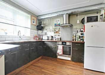 Thumbnail 1 bedroom flat for sale in Queens Drive, Cottingham