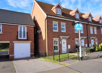 Thumbnail 3 bed town house for sale in Sanderling Way, Mansfield