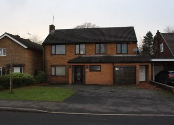 Thumbnail Room to rent in Foley Avenue, Tettenhall Wood, Wolverhampton